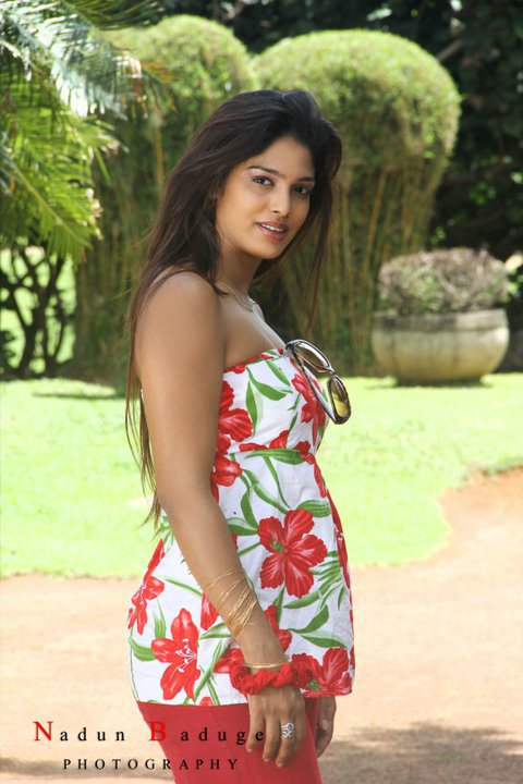 Sri Lankan GirlsCeylon Hot LadiesLanka Sexy Girl