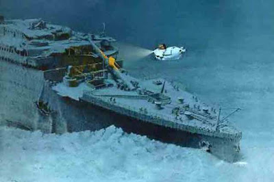 KAPAL Titanic Ditenggelamkan UFO