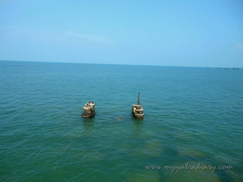 Rameshwaram sea from the Panbam Railway Bridge - train to Rameshwaram