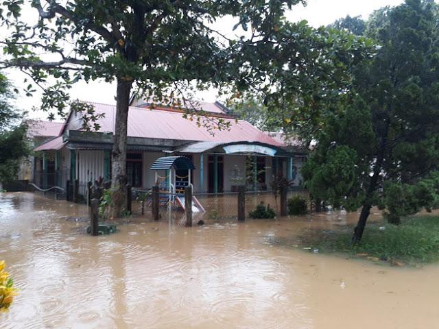 Chùm ảnh lũ lụt tại Giáo xứ Dương Sơn – Huế - Ảnh minh hoạ 12