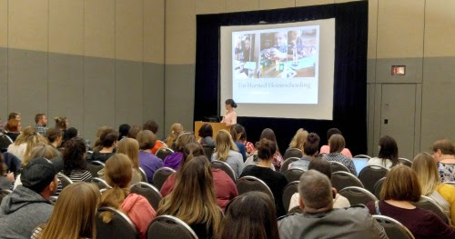 5 Reasons I Go to a Homeschool Convention Every Year {and why you should too!}