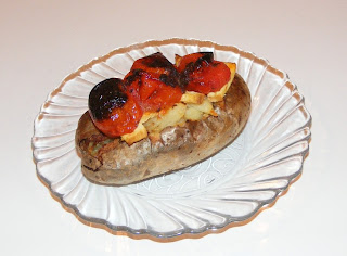 Cartofi copti in coaja cu tofu si rosii retete culinare,