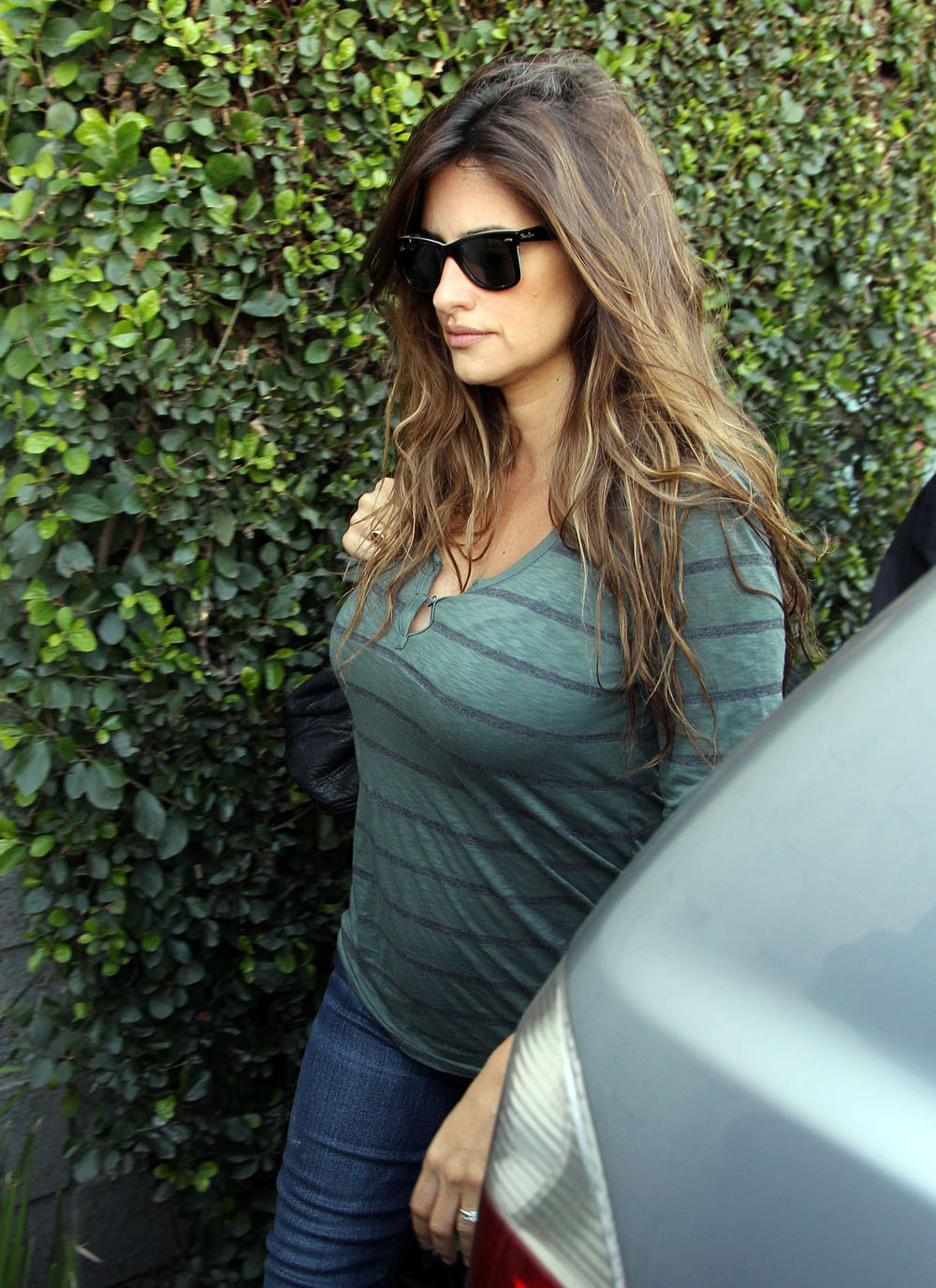 Penelope Cruz Looking Out Of This World Hot In A Tight T