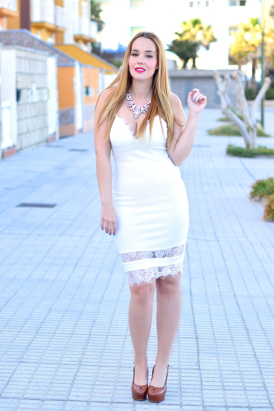 nery hdez, happiness boutique, total white, ax paris, lace dress