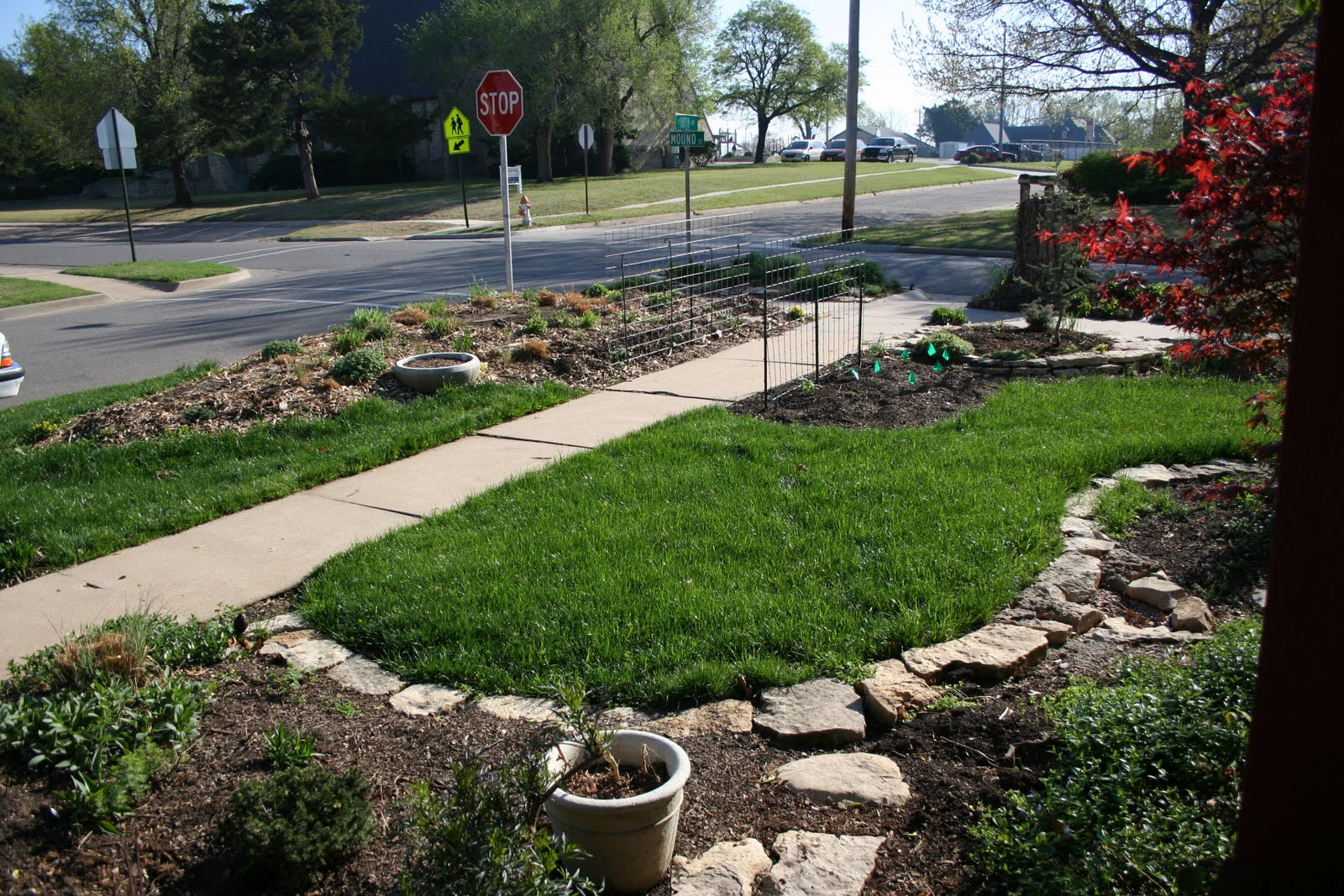 Natural Stone Lawn Edging