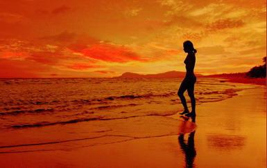 Đêm trăng biển- Chùm thơ biển và em