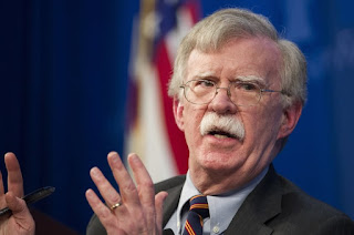 """Washington, Estados Unidos.- John Bolton, el asesor de Seguridad Nacional del presidente estadounidense, Donald Trump, insistió hoy en denunciar el envío de personal y material militar a Venezuela por parte de Rusia y advirtió al Kremlin de que la Casa Blanca considera estas """"acciones provocativas como una amenaza directa""""."""