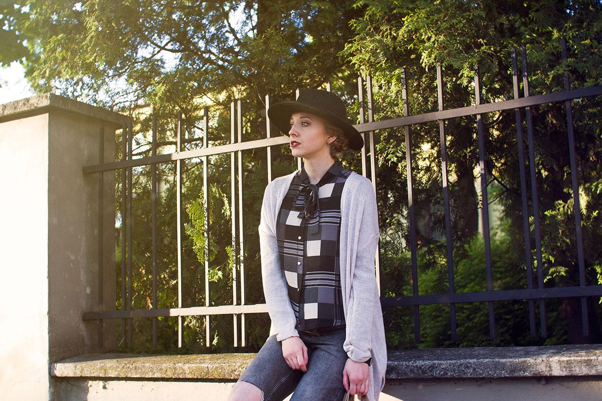 buty what is in the hat blog modowy whatisinthehat.blogspot.com kapelusz i podziurawione spodnie, koszula