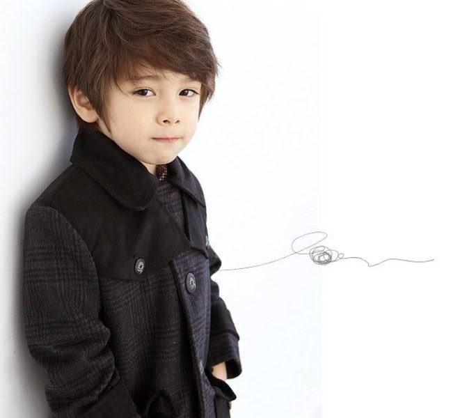 Foto Dennis Kane bocah paling tampan di dunia