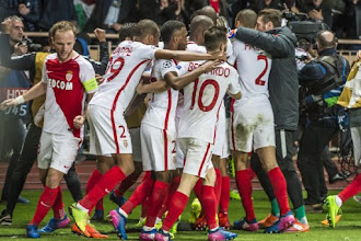 Enyeama celebrate Monaco's win over Man City