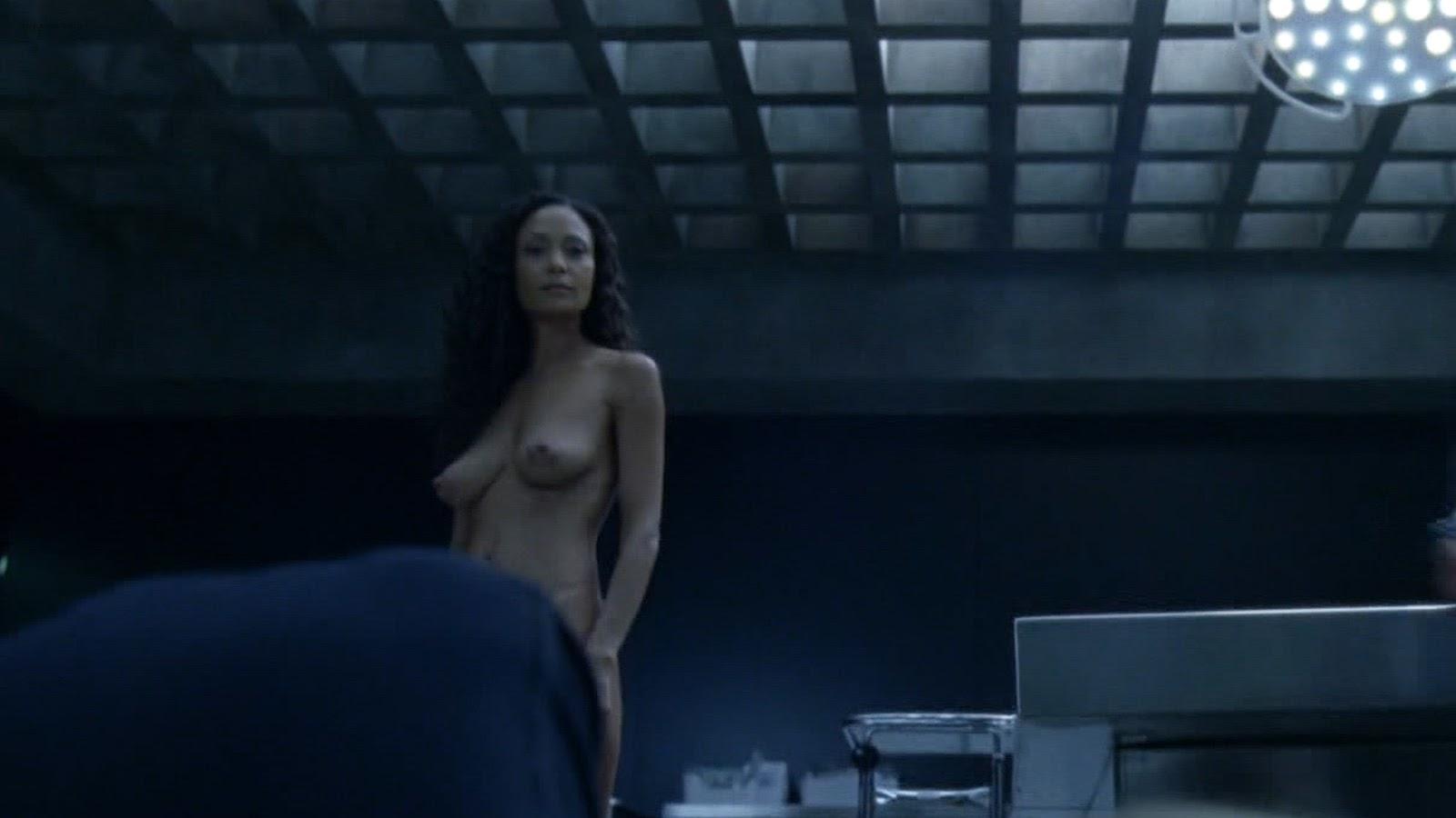 Naked amateur jen