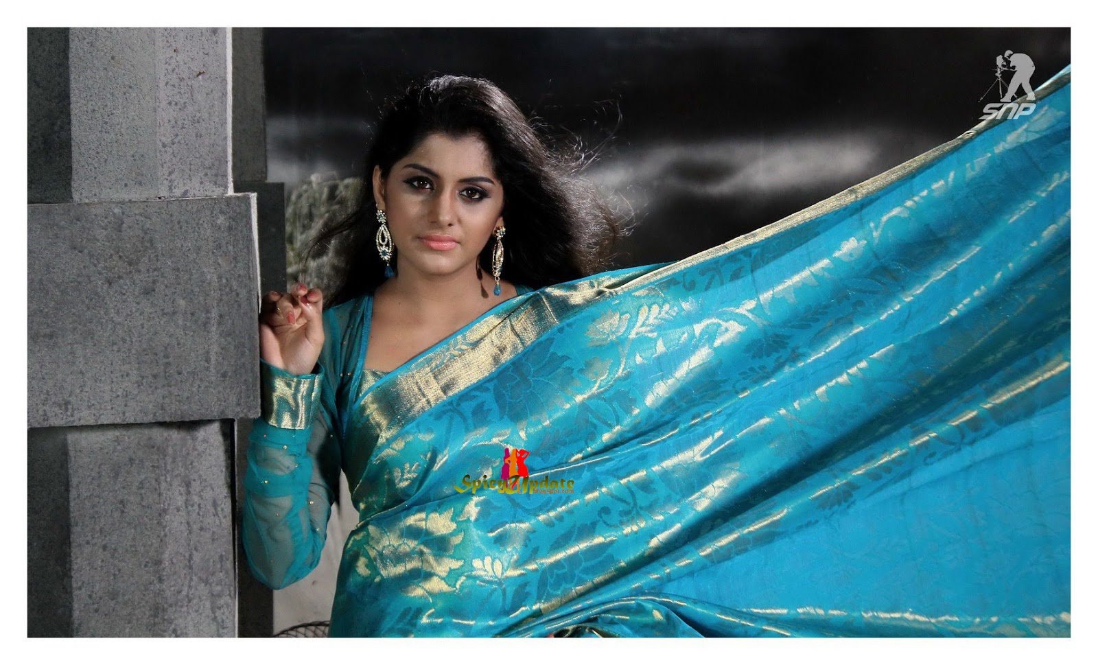 Dubai Gold And Diamonds Kavya Madhavan Latest Ad Hd: SPICY UPDATE: Meera Nandan Spicy Hot Cute PhotoShoot For