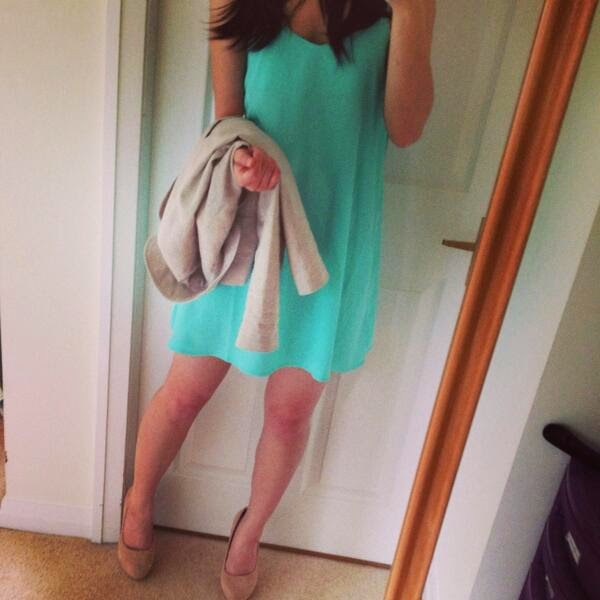 Smart Casual Outfit Idea - Mint Dress