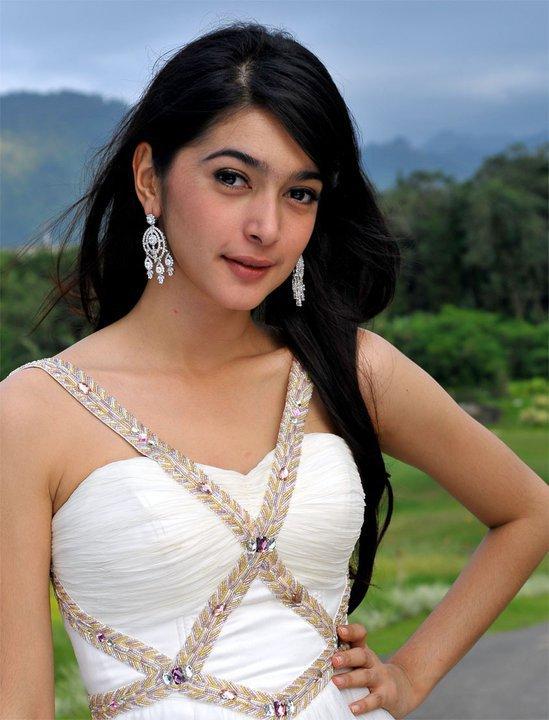 Beautiful Indonesian Celebrities: Nabila Syakieb