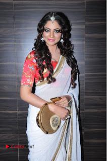 Actress Shilpi Sharma Pictures in White Saree at Kotikokkadu Audio Launch .COM 0040.JPG