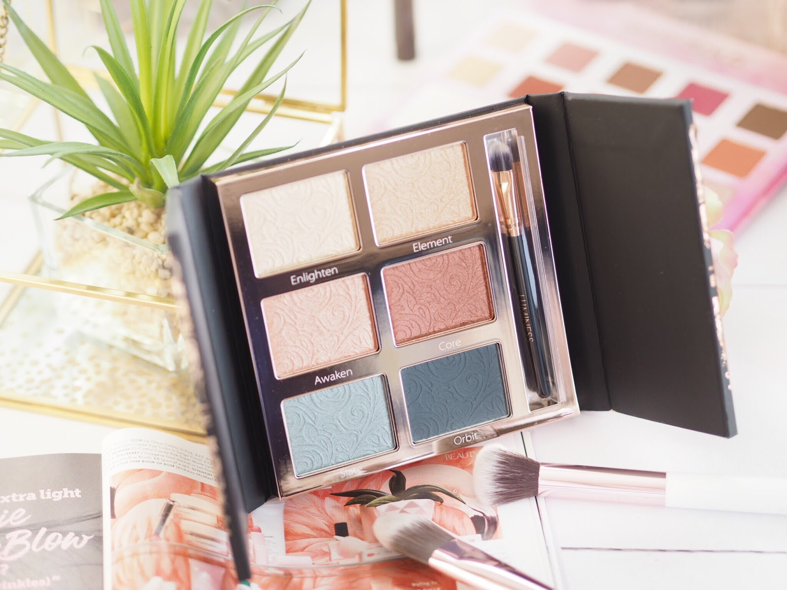 eyeshadow palette, cream eyeshadow palette, eyeshadow palette, make-up palette