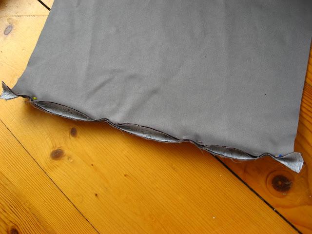 poduszka z guzikiem