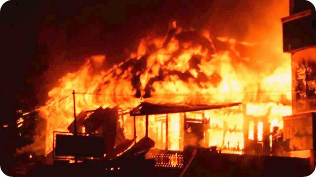 Kebakaran Hanguskan Empat Rumah di Perumahan Kodam Cigombong