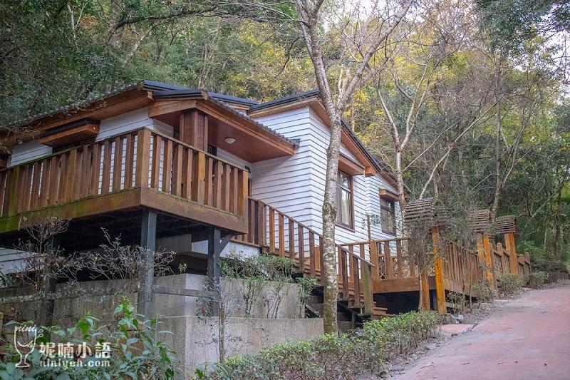 【奧萬大住宿推薦】南投奧萬大小木屋。一房難求的歐風庭園小木屋 | 妮喃小語