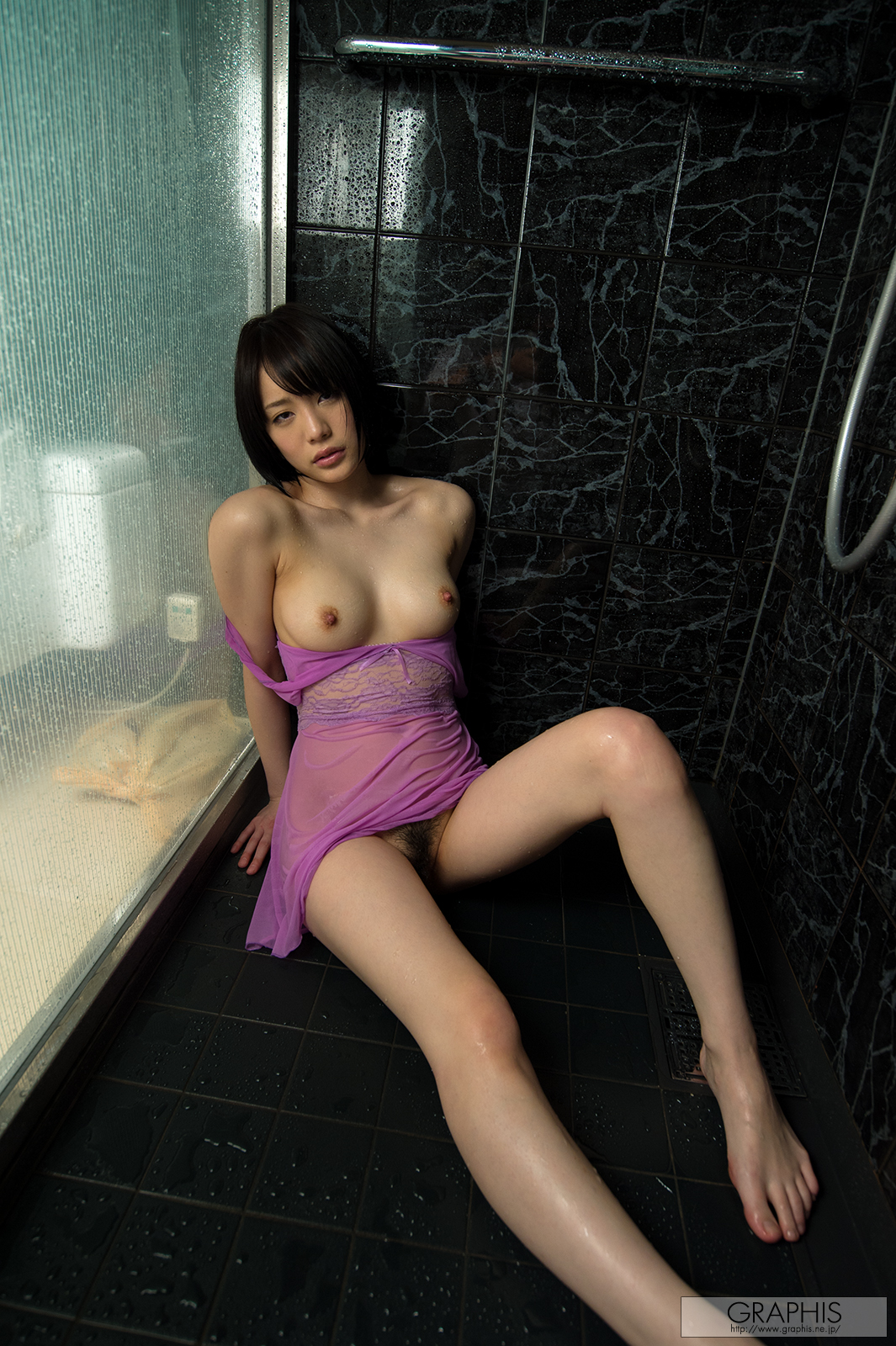 Airi Suzumura 鈴村あいり See Through & Nude [Graphis Limited ...