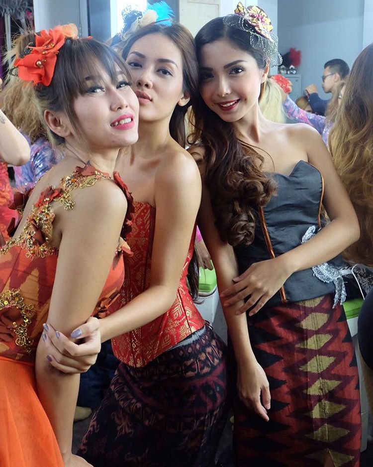 Balinese Guys Sex 19