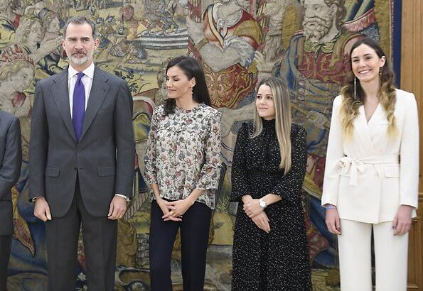 Queen Letizia received representatives of SOS Children's Villages of Spain and Atresmedia. Zara chain print double ruffle blouse
