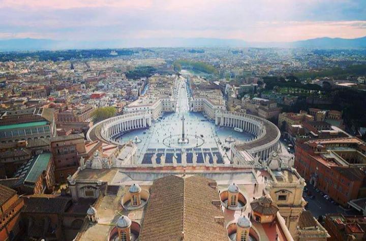 Aziz Petrus Bazilikası çatısından manzara