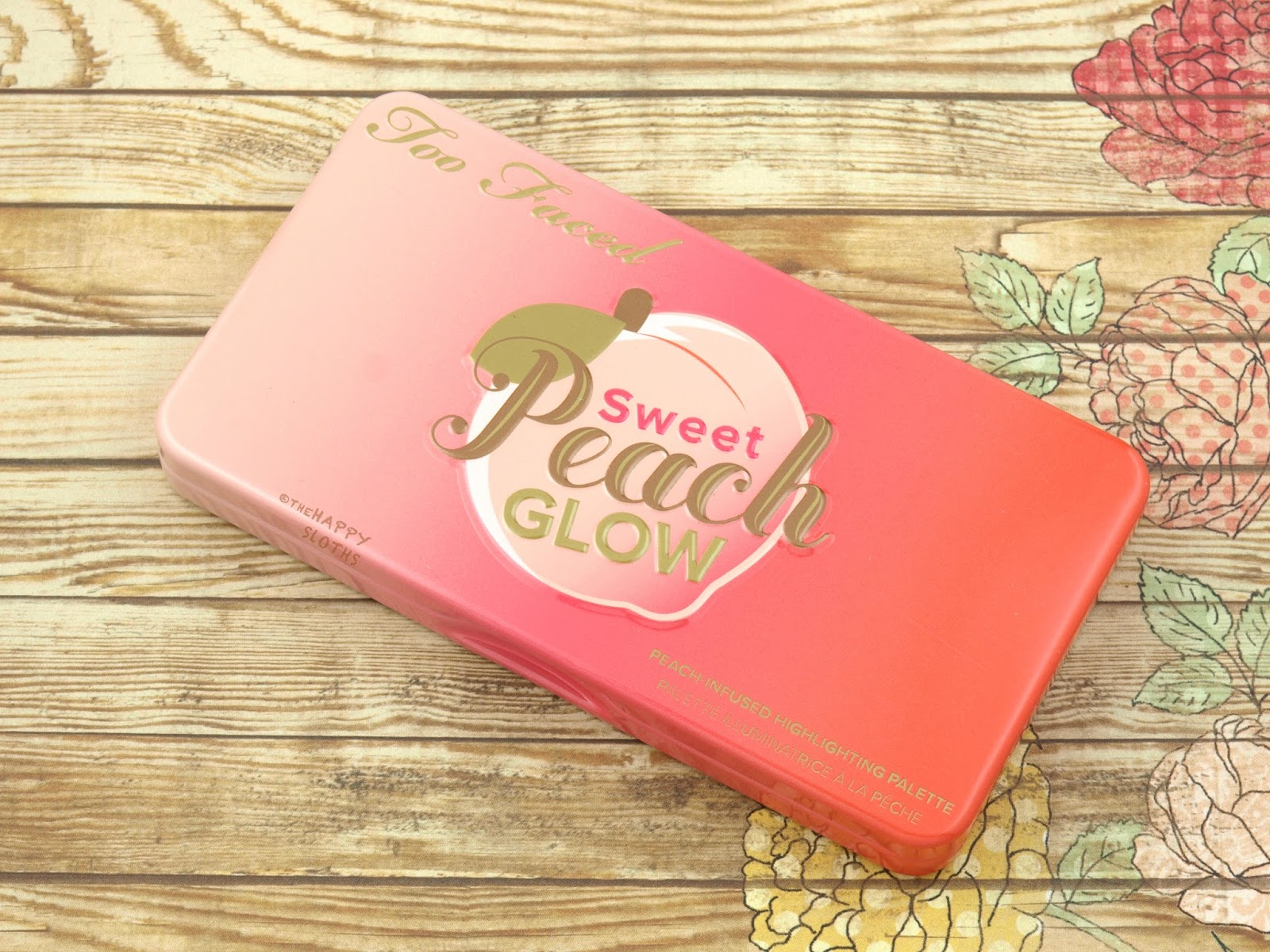 Too Faced Sweet Peach Glow Peach-Infused Highlighting Palette Swatches Review