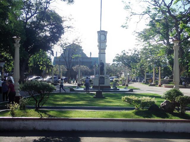 quezon park dumaguete philippines
