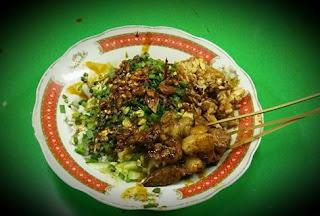 Kuliner Khas Cirebon Nasi Lengko