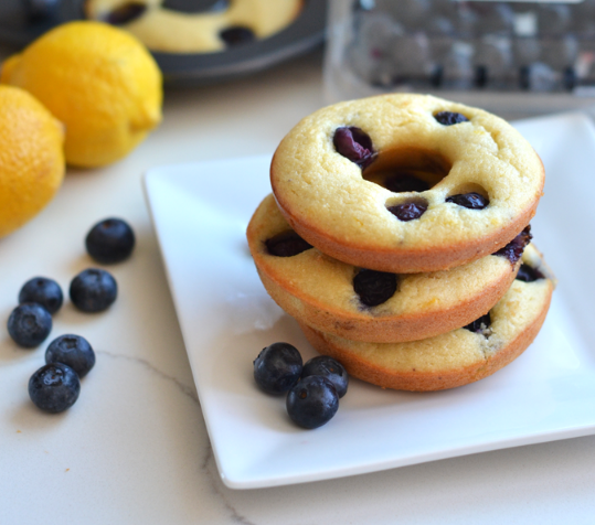PALEO BLUEBERRY LEMON DONUTS #paleo #lemon #diet