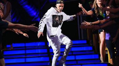 Buang Ingus ke Penggemar Saat Konser, Justin Bieber Tidak Minta Maaf