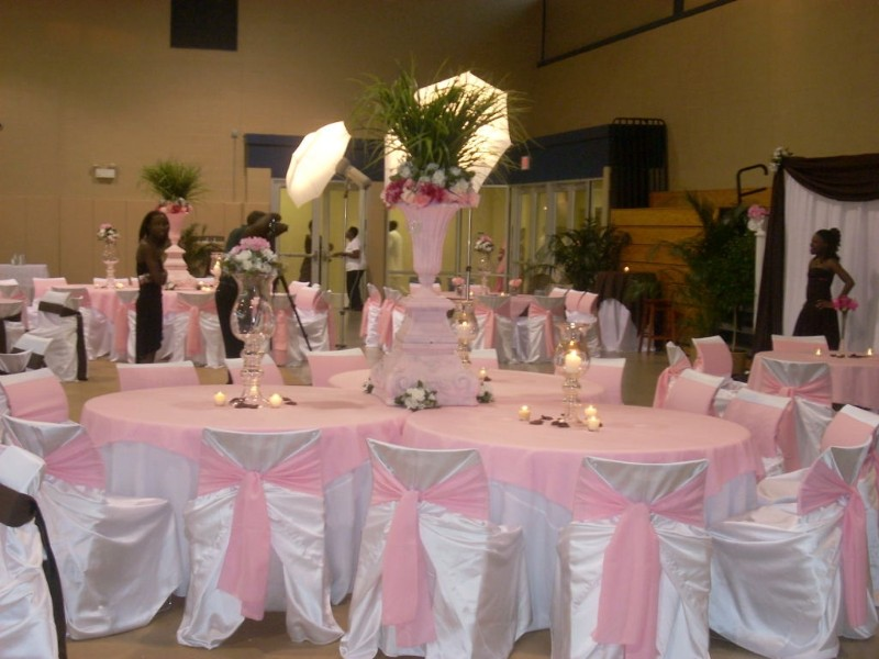 WEDDING COLLECTIONS: Wedding Decoration In Purple And Pink