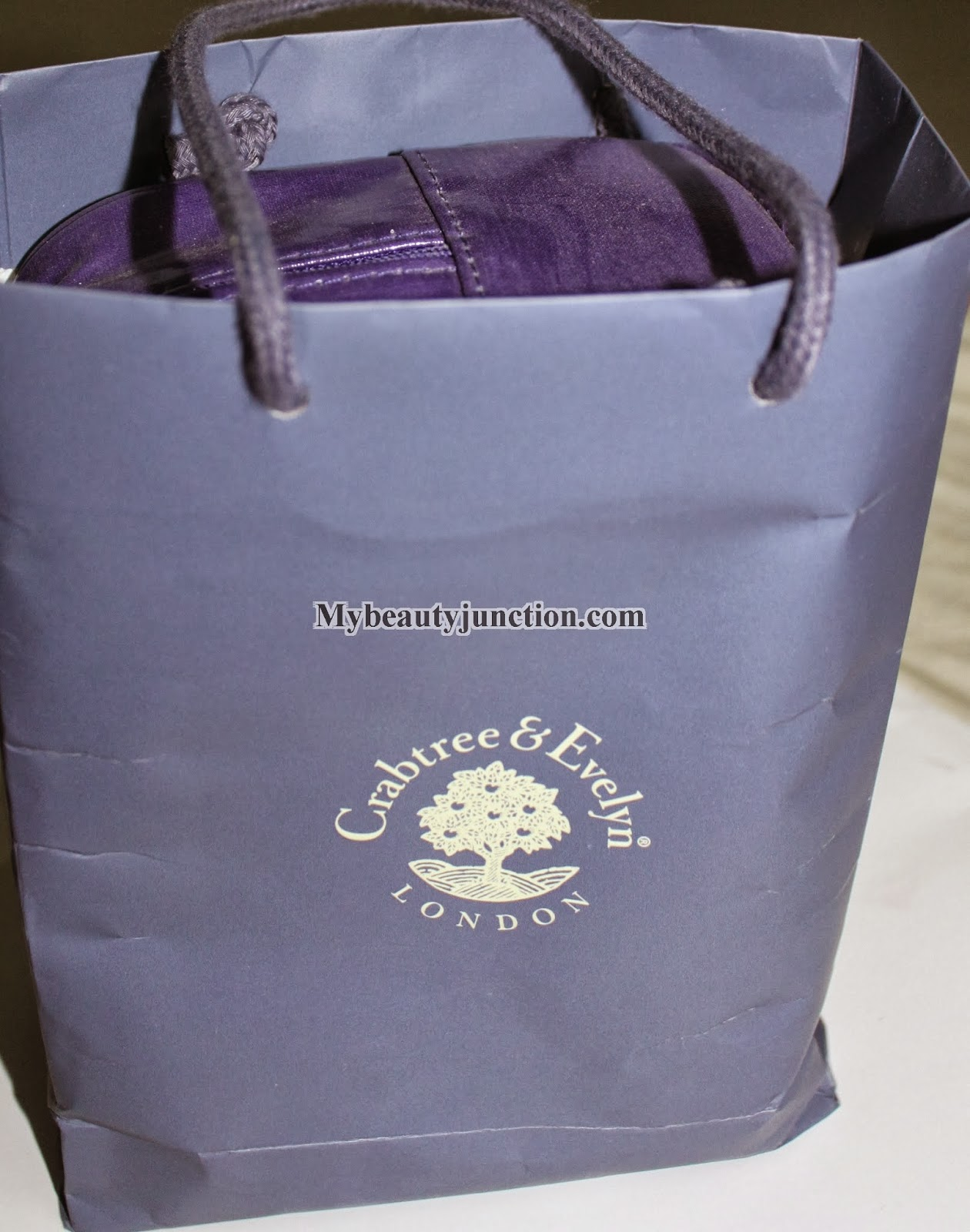 Crabtree and Evelyn Iris bath and body set review