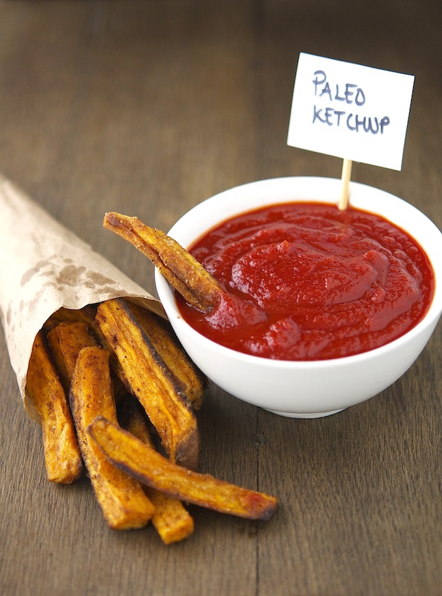 Dip sweet potatoes in Paleo ketchup: perfection