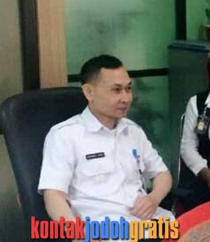 Darma Ahmad Duda Pegawai Negeri Sipil Bandung Cari Jodoh Siap Nikah