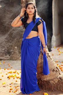 Sirisha Dasari Hot Navel Show Navel Queens