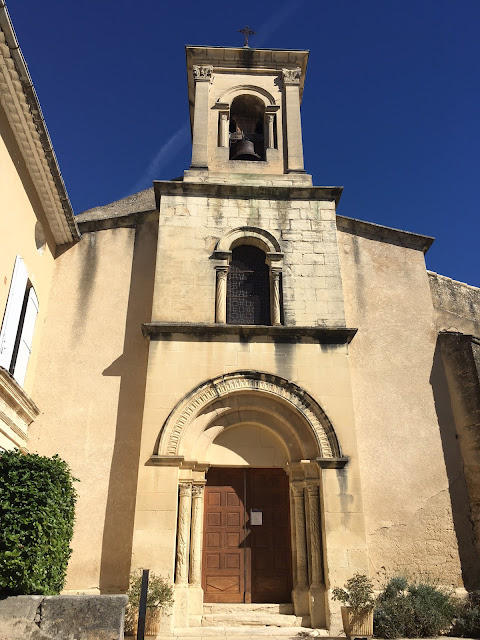 Travel-Guide-Luberon-Provence-South-of-France-Lourmarin