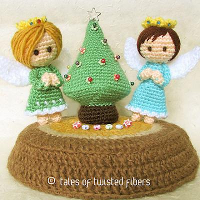 Ангелы и елка амигуруми