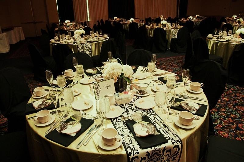 Black And White Damask Wedding Rp69 Advancedmassagebysara
