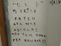 """ABSURDO! Assaltantes """"reclamam"""" de crise em escola arrombada em Campina Grande"""