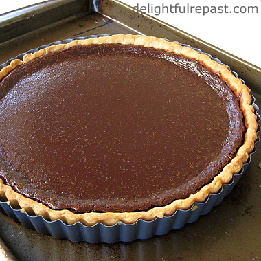 Easy 3-Ingredient Chocolate Tart / www.delightfulrepast.com