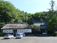 七浦海岸への道