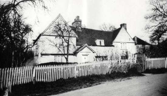 Photograph of Moffats Farm in the 1950s Image from the NMLHS, part of the Images of North Mymms collection