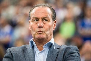 UEFA Avrupa Ligini Kazanmış Teknik Direktörler - Huub Stevens - Kurgu Gücü