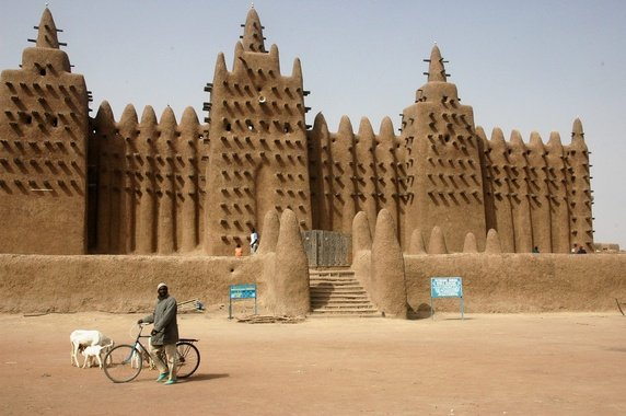 The Great Mosque of Djenne, Largest Mud Structure in the World in Mali