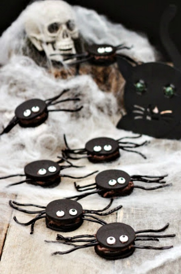 Oozy Spider Cookies from From Calculus to Cupcakes