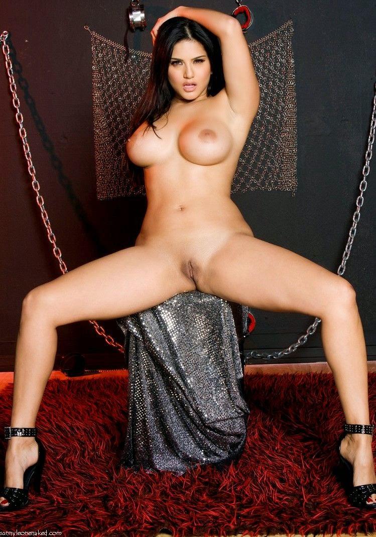 Sunny Leone Model
