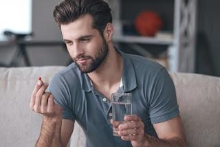 Prendre des vitamines et des suppléments minéraux