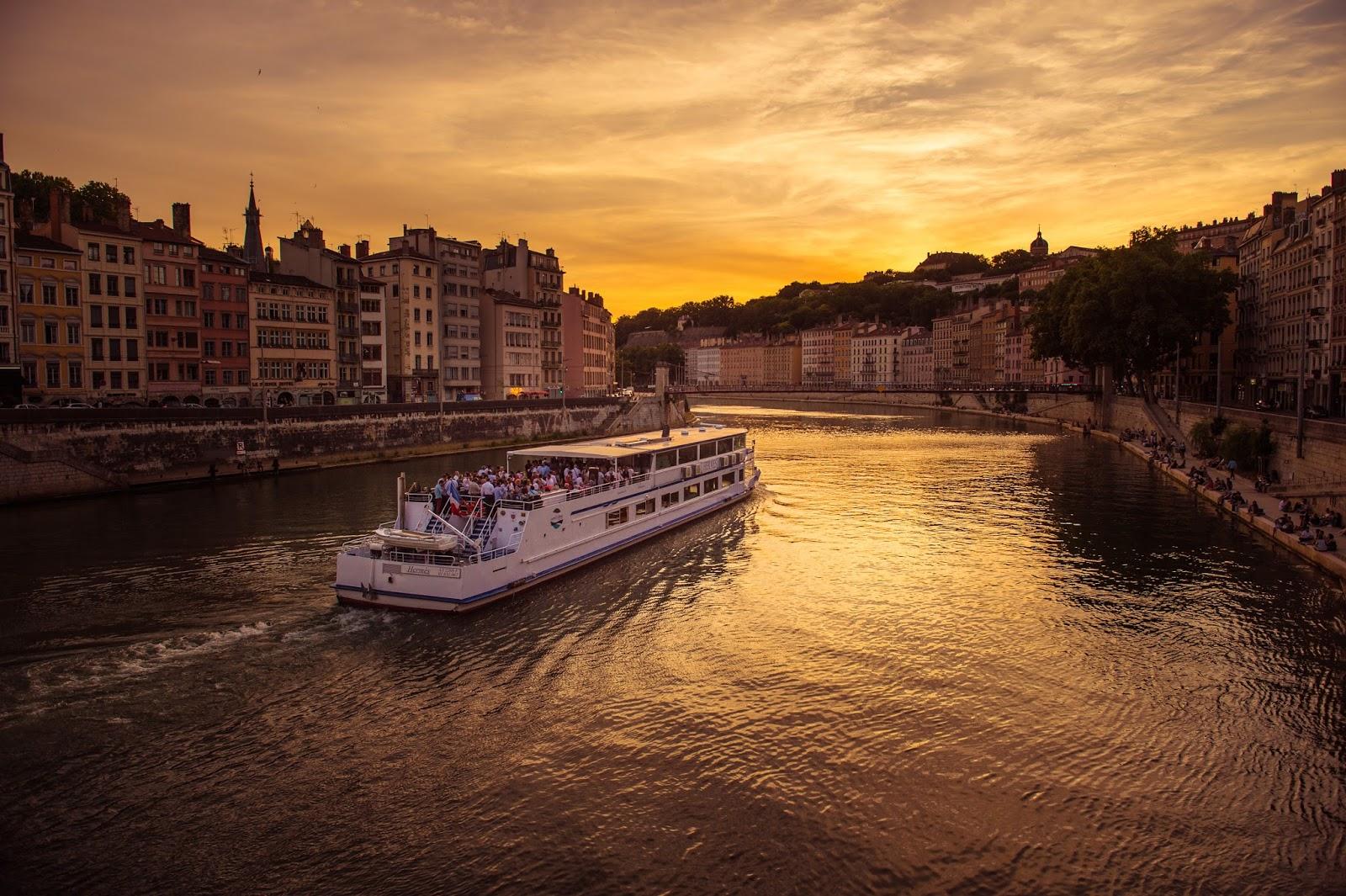 Visiter Lyon en bateau
